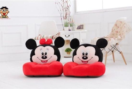fotoliu-din-plus-bebe-minnie-mouse3-555x370