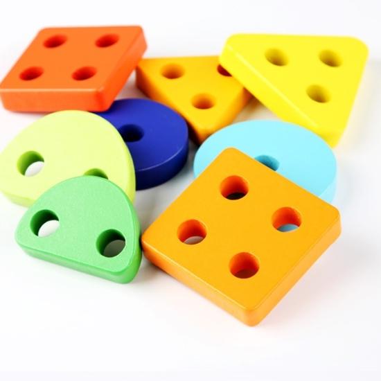 Sortator-forme-geometrice-4-coloane-animale-din-lemn.jpg