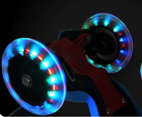 trotineta-3-roti-copii-roti-silicon-cu-lumini1