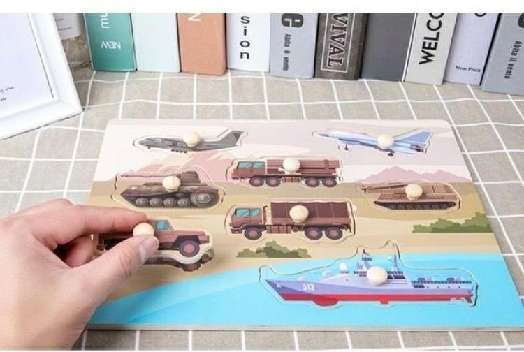 Puzzle incastru Avioane si vehicule cu butoni din lemn