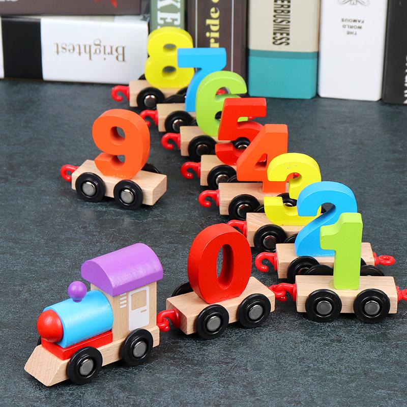 Jucarie Trenulet digital din lemn cu cifre 0-9