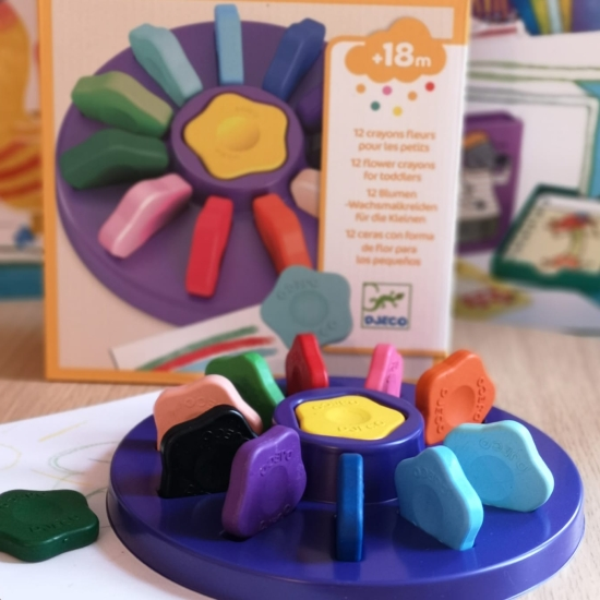 creioane-cerate-organice-pentru-bebe-djeco-set-12-creioane-flori2