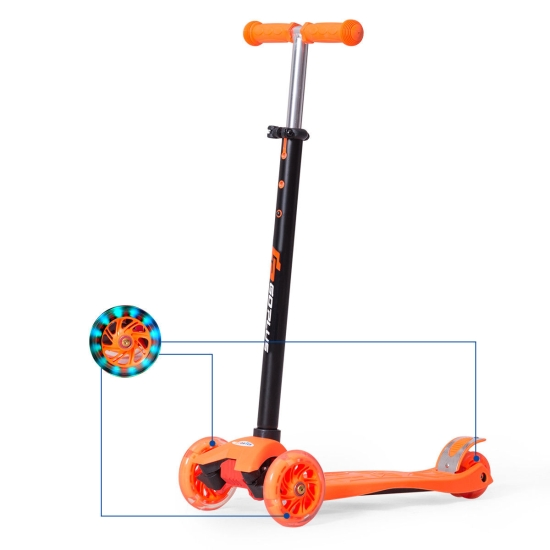 trotineta-maxi-scooter-cu-3-roti-cu-lumini2