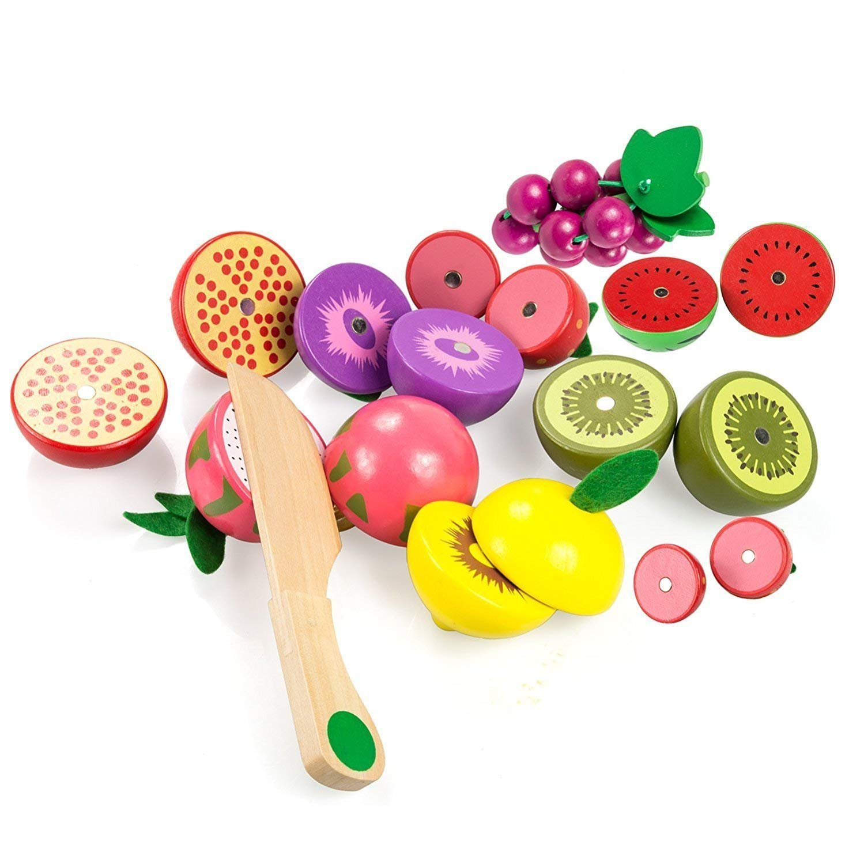 Fructe-feliate-la-Cosulet-jucarii-bucatarie-cu-accesorii.jpg