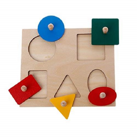 Puzzle-5-forme-geometrice-incastru-cu-butoni-colorate.jpg