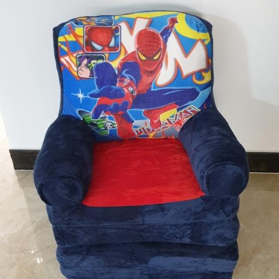 Fotoliu extensibil Spiderman albastru din plus triplu 160 cm