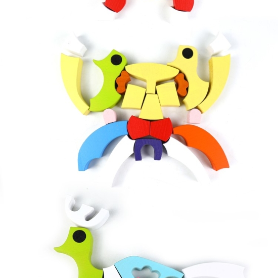 Puzzle creativ 3D Tangram colorat si Joc lemn Urs