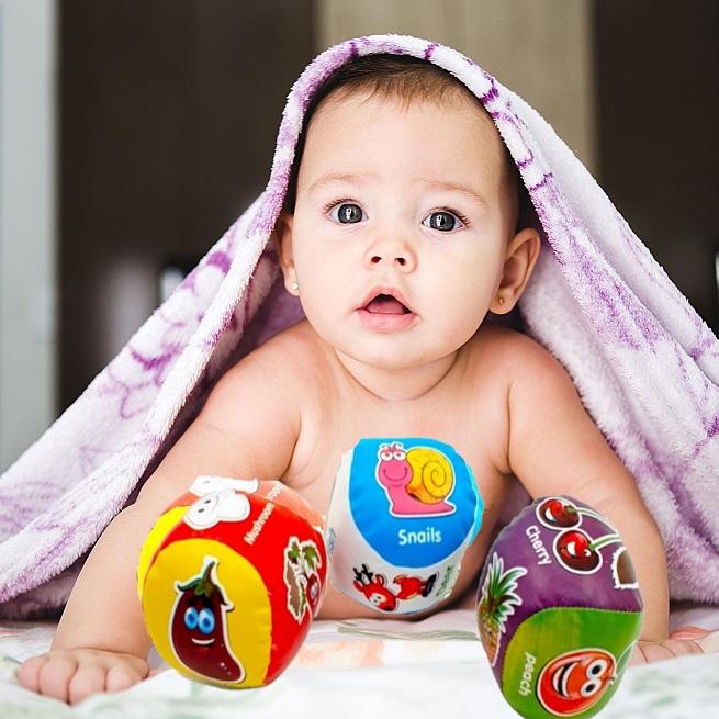 Set 3 mingi bebelusi impermeabile moi cu Fructe