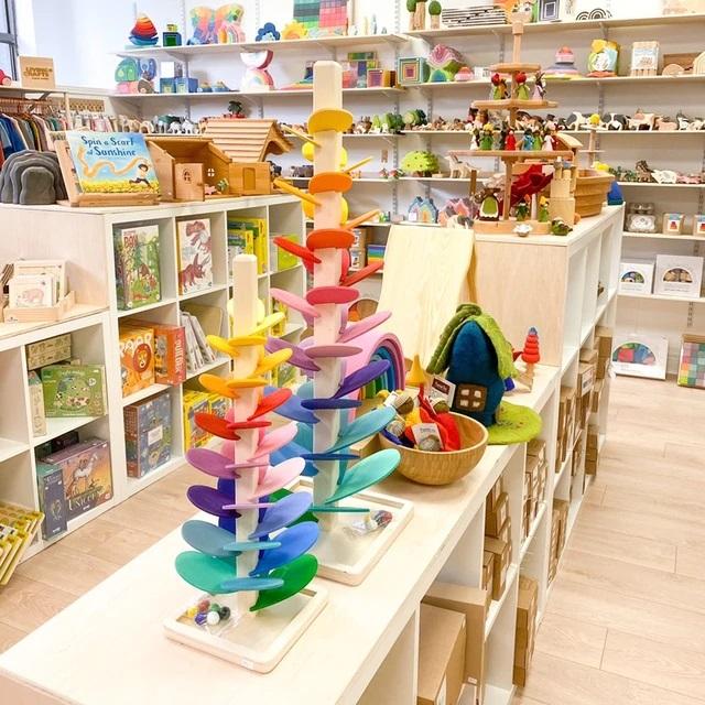 Arborele Montessori din lemn muzical Copacul Rainbow