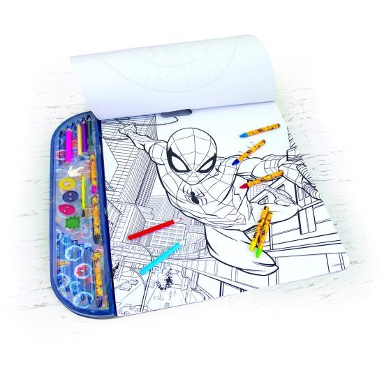 Set de desenat si colorat cu autocolante Spiderman