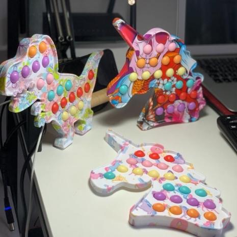 Unicorn Pop It Dimple cu bule din silicon Jucarie antistres copii