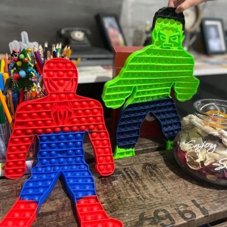 Hulk si Spiderman Jucarie Pop It antistres Mascote silicon