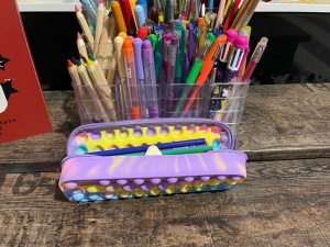 Penar colorat cu fermoar Jucarie Pop It din silicon antistres