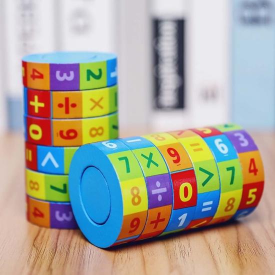 Cilindru Rubic cu operatii matematice din lemn si cifre