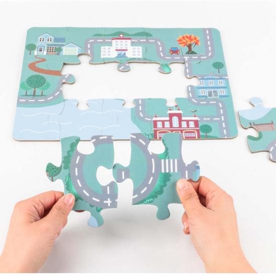 Joc de snuruit cu covor puzzle si vehicule de transport